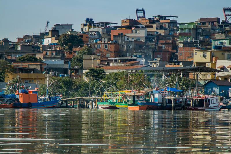 Parte dos pescadores moram em comunidades ao lado da lagoa.  Foto: Marcio Isensee e Sá