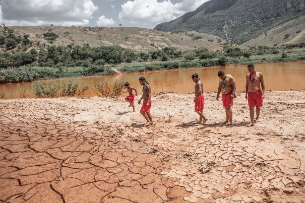 O povo Krenak, às margens do Rio Doce, é uma das vítimas mais frágeis da tragédia Foto: Nicoló Lanfranchi / Greenpeace
